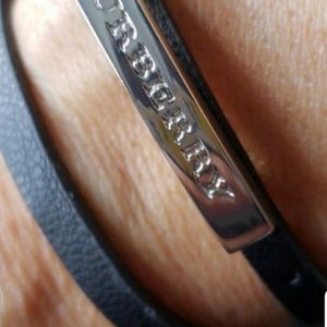 Burberry bracelet in great condition.